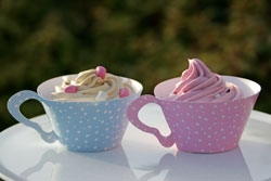 Polka dot Teacup Cupcake Wraps