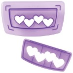 Wilton Hearts Border Cutting Insert