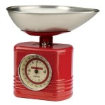 Red Vintage Kitchen Scales