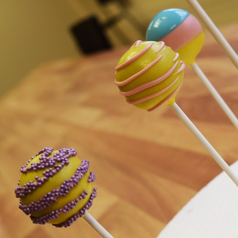An Introduction to Cake Pops