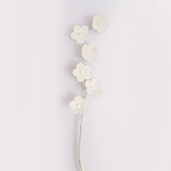 Gumpaste White Blossom Spray (Box of 10)