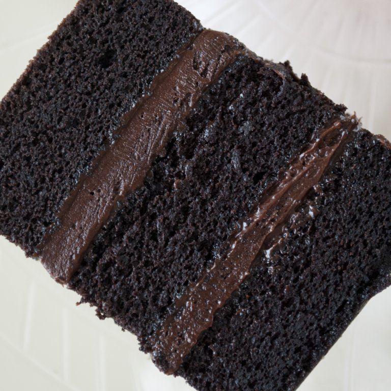10'' Square Chocolate Sponge Cake (No Filling) Please Allow 1 Extra Working Day For Delivery
